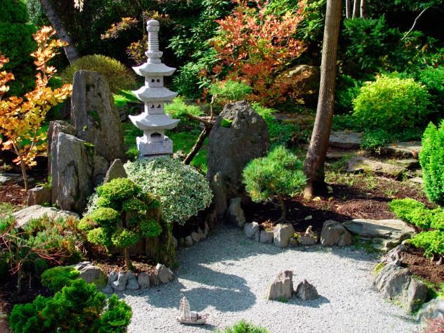 Japanese-Garden-Design-Can-Reflecting-Natural-Landscape-8