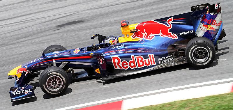800px-Sebastian_Vettel_2010_Malaysia_2nd_Free_Practice