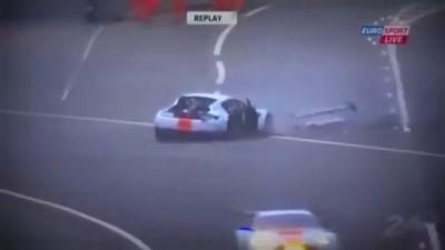 24H Le Mans - Aston Martin CRASH