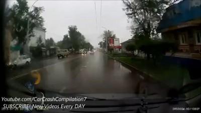 Car Crash Compilation # 41 - July 2013