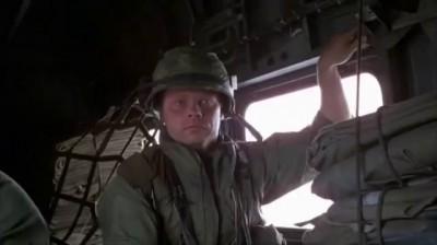 Шутник и Рафтерман летят на вертолете.wmv