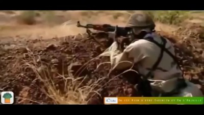 Бедные малийские войска, военные учения.