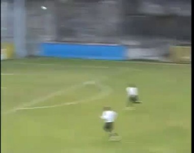 гол на первых секундах матча.