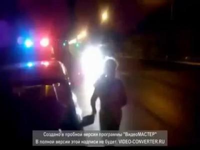 Пьяная женщина в Сотниково (Улан-Удэ) легла под машину, протестуя против ГИБДД