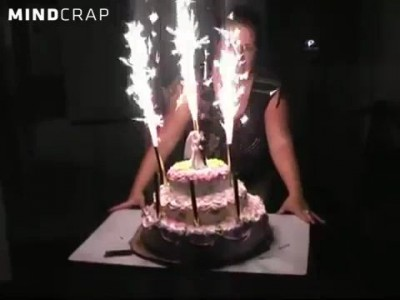 Летающий свадебный тортик