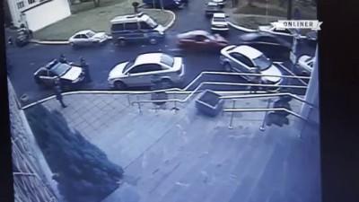 После аварии возле участка милиции началась драка