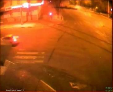 ДТП Белгород [21.02.2012] / 3я камера видеонаблюдения