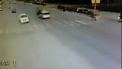 Авария с рикшей .