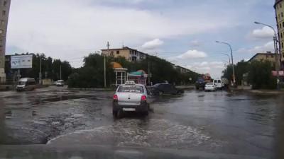 Астрахань, ул.Яблочкова
