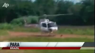 Вертолет расколбасило