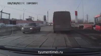 ДТП, Челябинск, 02.03.2014 фура задом