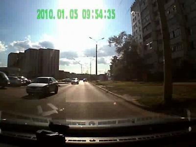 Учите детей правилам дорожного движения