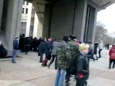 Крымчане берут власть в свои руки! Срочно сбор у ВС Крыма!