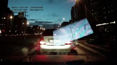 Пешеход насувал водиле