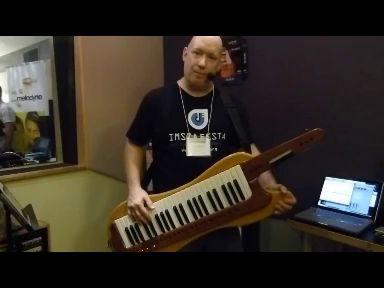 Keytar Jeff Demos Musiclab Les Paul Custom at IMSTA Festa LA 2013