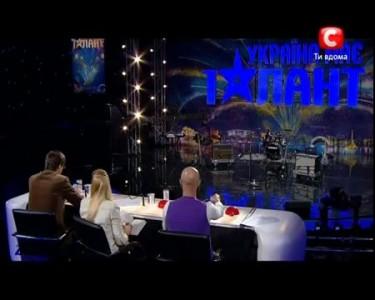 Украина имеет талант 4! - Коллектив ЛАСКОВЫЕ УСЫ - [10.03.12]