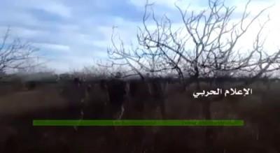 Сирия- боевики бегут ибросают множество трупов «сослуживцев» напозициях (ВИДЕО 18+)