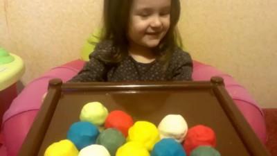 Киндер сюрприз видео Миньоны, Хелло Китти, Машаи медведь и др. Surprise Eggs - Распаковка