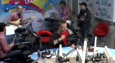 Иван Охлобыстин & Мурзилки Int. - пародия «Две гитары»