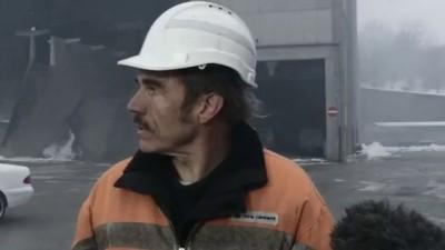 Бульдозерист раздавил машину начальника