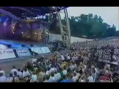 Алла Пугачёва -натуральная Мадам Брошкина (Mix 'Disco'80)