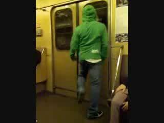 Крамп в метро