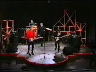 1998 год выступление на пятом канале.