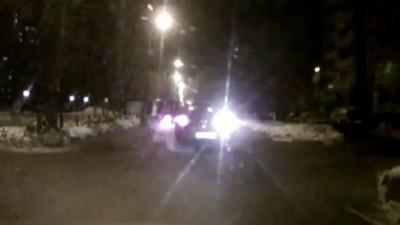 Нападение на Женщину-водителя в Москве хулиганами