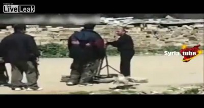 Syria: Insurgent Mortar Attack Goes Wrong (08/07/12)