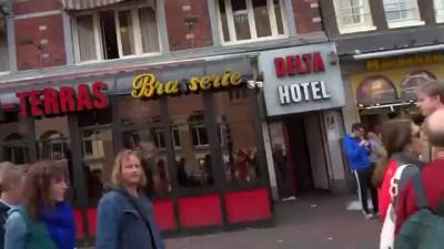 Народ угорает в Амстердаме