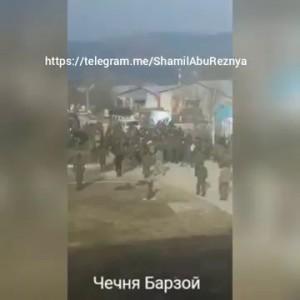 ЧЕЧНЯ, РОссийские силовики избили в своей военой части селчани с село борзой за насиле над чеченцем!