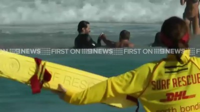 Hugh Jackman Rescues Kids From Drowning in Sydney Beach !!