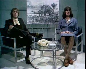 Теория о бронтозаврах - Монти пайтон