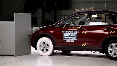 2015 Honda CR-V small overlap IIHS crash test