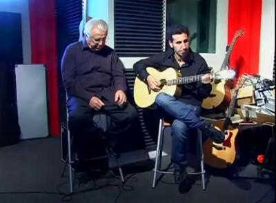 Serj Tankian с Отцом Поют Песню на Армянском