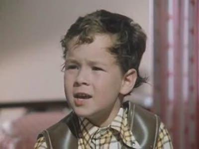 Отрывок из телеспектакля Малыш и Карлсон (1971)