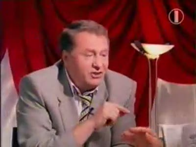 стакан жидкости (Жириновский  и Немцов)