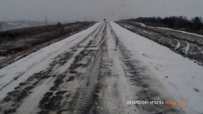 Гололед на трассе Камышин - Волгоград (HD)