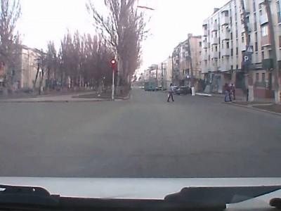 Енакиево- авария на перекрестке пр.Металлурга и Ленина