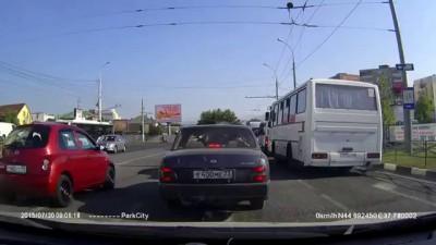 авария в Новороссийске 30 июля 2015 бетономешалка и шесть машин