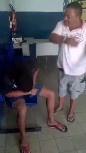 Папаня навестил сына в полицейском участке
