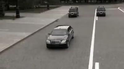Пила играет с Медведевым