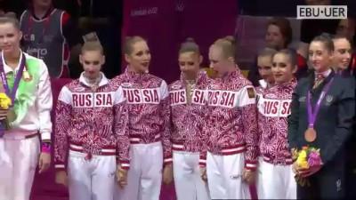 Гимнастки-певицы-красавицы.