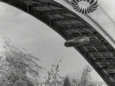 Клип из фильма Нежность