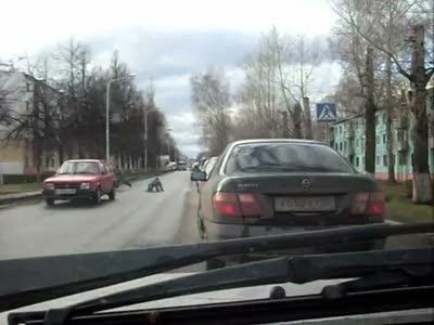 Школьник врезался в машину