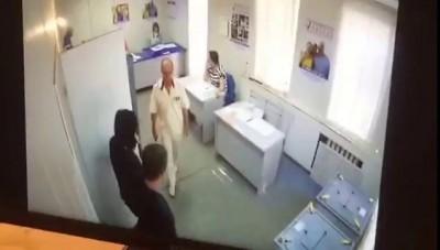 Вброс на избирательном участке № 1749 (Ростов-на-Дону)