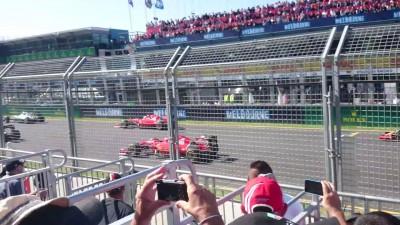 2015 Formula 1 Rolex Australian Grand Prix - Race Start