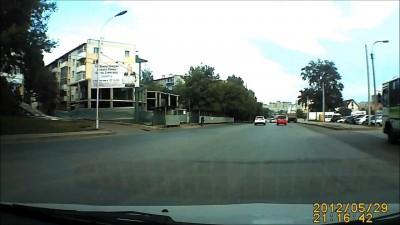 Велосипедист убрался о грузовик
