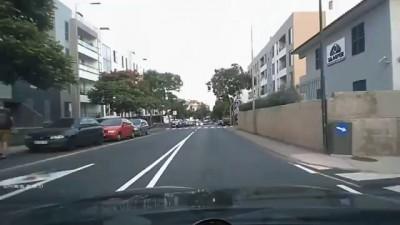 Когда два идиота встречаются на дороге