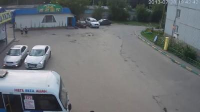 Драка в г. Котельники, мкр. Белая Дача, 28.07.2013